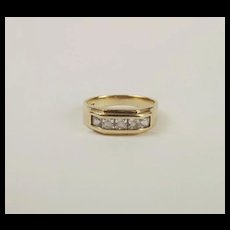Gents 9ct Yellow Gold Cubic Zirconia Ring UK Size Y US 12