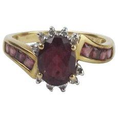 9ct Yellow Gold Garnet & Diamond Ring UK Size M+ US 6 ¼
