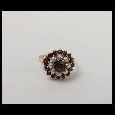 9ct Yellow Gold Pearl & Garnet Cluster Ring UK Size P US 7 ½