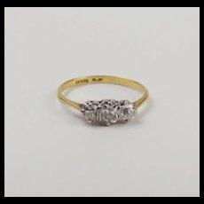 18ct Yellow Gold Triology Diamond Ring UK Size O US 7