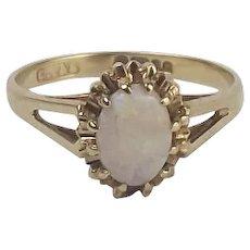 9ct Yellow Gold Opal Ring UK Size K+ US 5 1/4