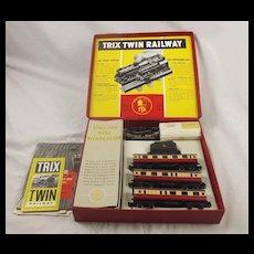 Trix Twin Railway Passenger