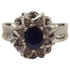 18ct White Gold Blue Sapphire & White Diamond Flower Head Ring UK Size R US 8 ¾