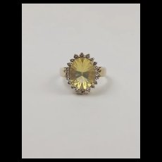 9ct Yellow Gold Glass & Topaz Ring UK Size N+ US 6 ¾