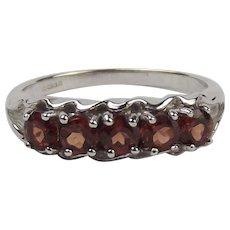 9ct White Gold Garnet Ring UK Size N US 6 ½