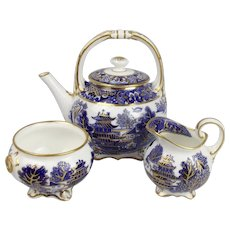Grainger & Co. Worcester Blue & White Chinoiserie Three Piece Tea Set c1850/60