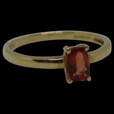 9ct Yellow Gold & Orange Glass Ring UK Size L+ US 6