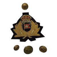 White Star Line Officers Cap Badge & 4 Buttons
