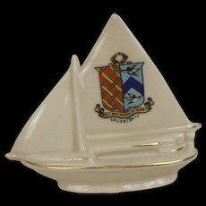 Carlton Crested China Sailing Yacht With Cullercoats Crest