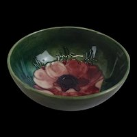 1950's Moorcroft Poppy Bowl With Queen Mary Label