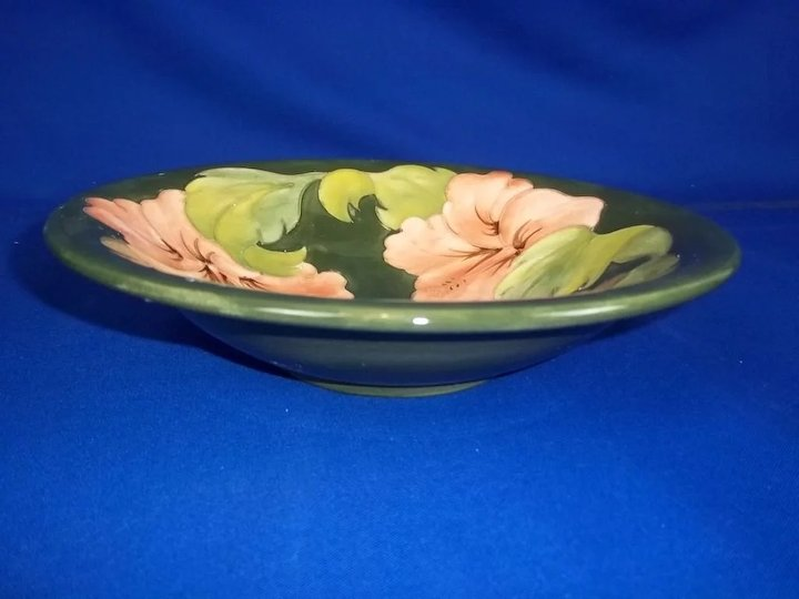 Moorcroft Pottery Hibiscus Design Green Bowl c1950-83 : The Antiques ...
