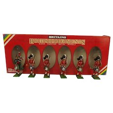 1982 Britains Toy Soldiers 7238 Set of The Gordon Highlanders