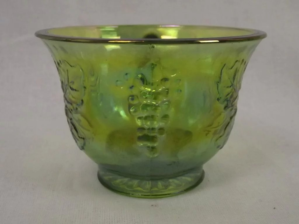 Green carnival glass punch bowl 12 matching punch cups the click to expand reviewsmspy