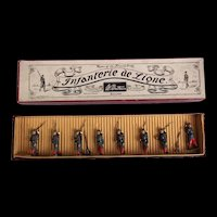 Britains French Infanterie de Ligne No 141 Set Of 8 Soldiers In Whisstock  Box