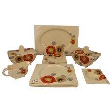 Circa 1930's Clarice Cliff Bizarre Rhodanthe Variant Pattern 14 Piece Dinner Set