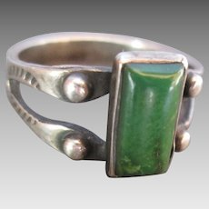 c. 1930 Dark Green Turquoise Hand Stamped Navajo Silver Ring size 5-3/4 Small