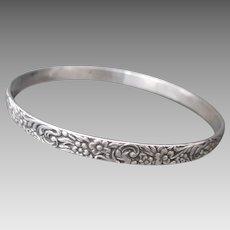 Lovely Sterling Silver Solid Bangle Flowers Bracelet Floral
