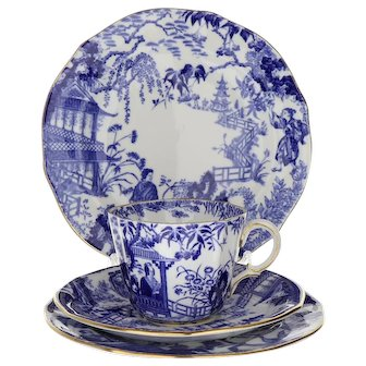 Royal Crown Derby Bone China Mikado Teacup, Saucer and 2 Plates