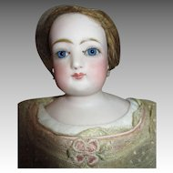 Stunning Antique French Fashion Doll Marked F2G