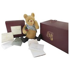 R. John Wright Holiday Pooh Bear