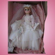 "Madame Alexander Elise #1685 17"" Bridal doll in her original box"