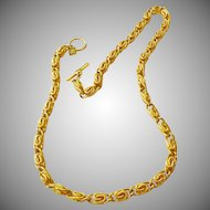 Beautiful Anne Klein 1980s Gold Tone Chain Necklace