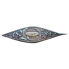 Antique Sterling Silver Daisy Tatting Shuttle