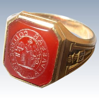 1945 Vintage Womens 10K Gold & Carnelian VASSAR COLLEGE Wax Seal Signet Ring