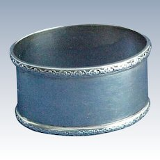 Excellent English Oval Sterling Silver Napkin Ring Birmingham 1935 Adie Brothers