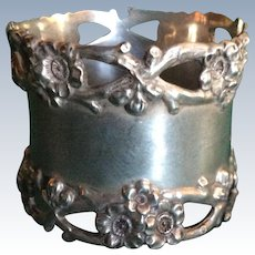 Gorgeous Cherry Blossom Sterling silver Napkin Ring Serviette Holder