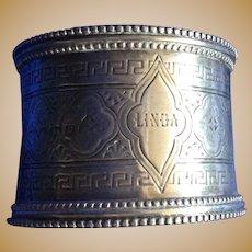 English Victorian sterling silver Napkin Ring Serviette Holder Engraved Linda