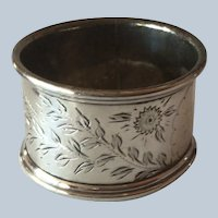 English sterling silver Napkin Ring Serviette Holder with engraved flowers Birmingham 1913
