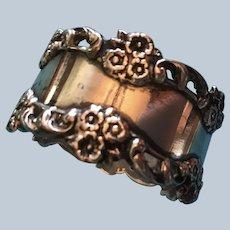 Beautiful flower garland sterling silver Napkin ring Serviette holder