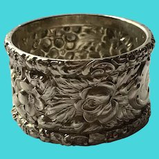 Stieff Repousse Rose sterling silver Napkin Ring Serviette Holder