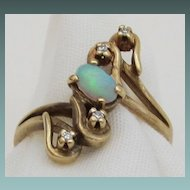 Feminine Opal and Diamond Bypass Ring 10KP Yellow Gold Vintage-Size 5 3/4