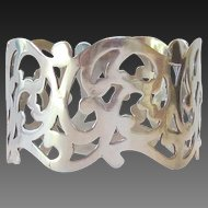 Beautiful Sterling Silver Napkin Ring - England