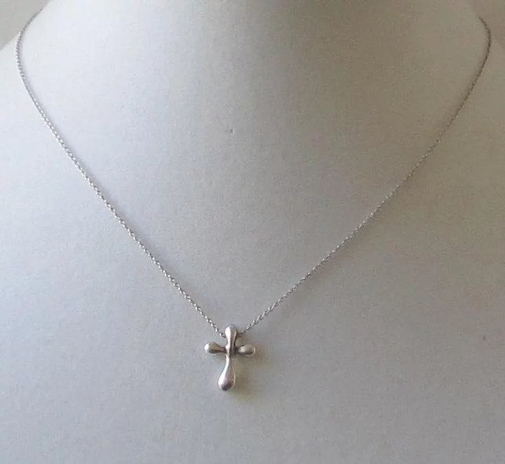 9da7e595b Tiffany & Co. Sterling Silver Elsa Peretti Cross Pendant and Chain Necklace