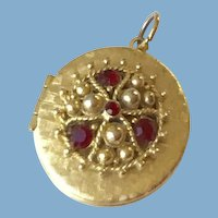 Round Locket Red Stones and Gold Tone beads
