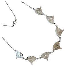 Sterling Silver Fan Link Necklace