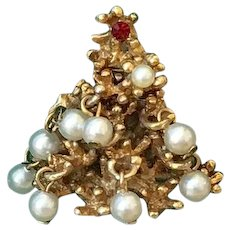 Christmas Tree Pin of Pearls