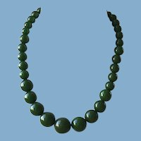 Green Bakelite Bead Necklace