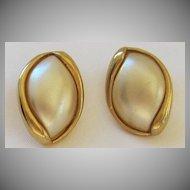 Lovely Vintage Napier Gold Tone Pierced Earrings
