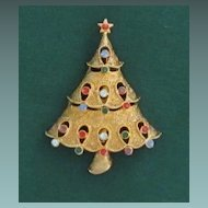 Vintage JJ Christmas Tree Pin