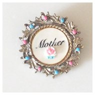 "Darling Vintage Mother of Pearl  ""Mother"" Brooch"