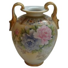 Exceptional Nippon Hand Painted Vase Morimura Mark 47 Gold & Chrysanthemums
