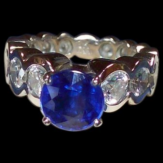 Sapphire and Diamond Ring in 18KT White Gold
