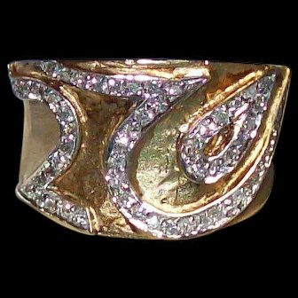 Bold Italian Gold and Diamond Band Ring
