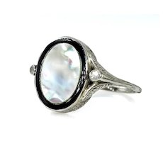 Antique Vintage Art Deco Mother of Pearl & Diamond Platinum Ring