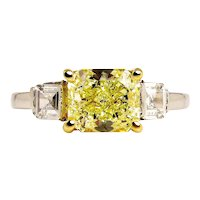 Estate GIA 2.52ct Natural Fancy Yellow RADIANT 3 Stone Diamond Engagement Platinum Ring