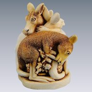 Harmony Kingdom Baby Boomer Kangaroos Treasure Jest Box